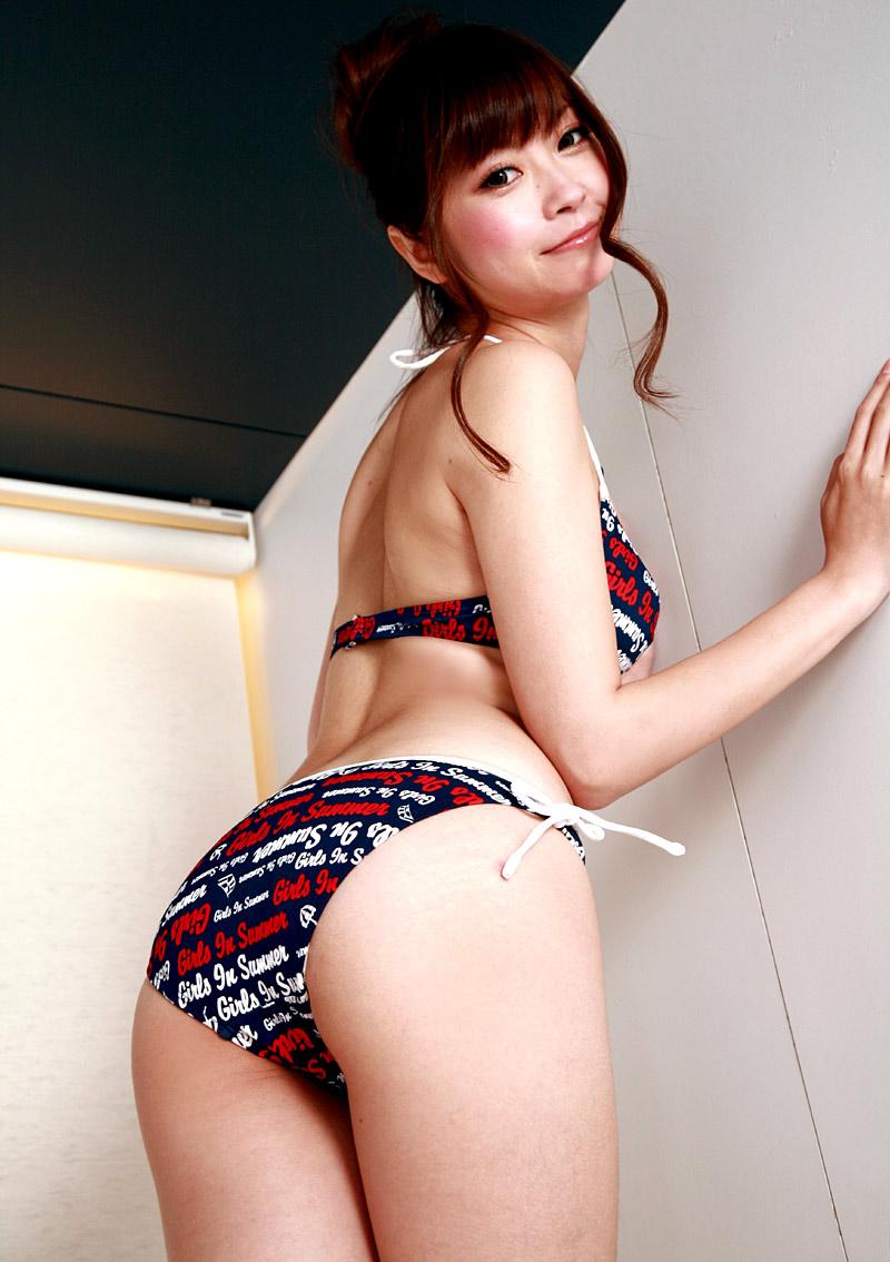 Young babe airi sasaki plays with two cocks