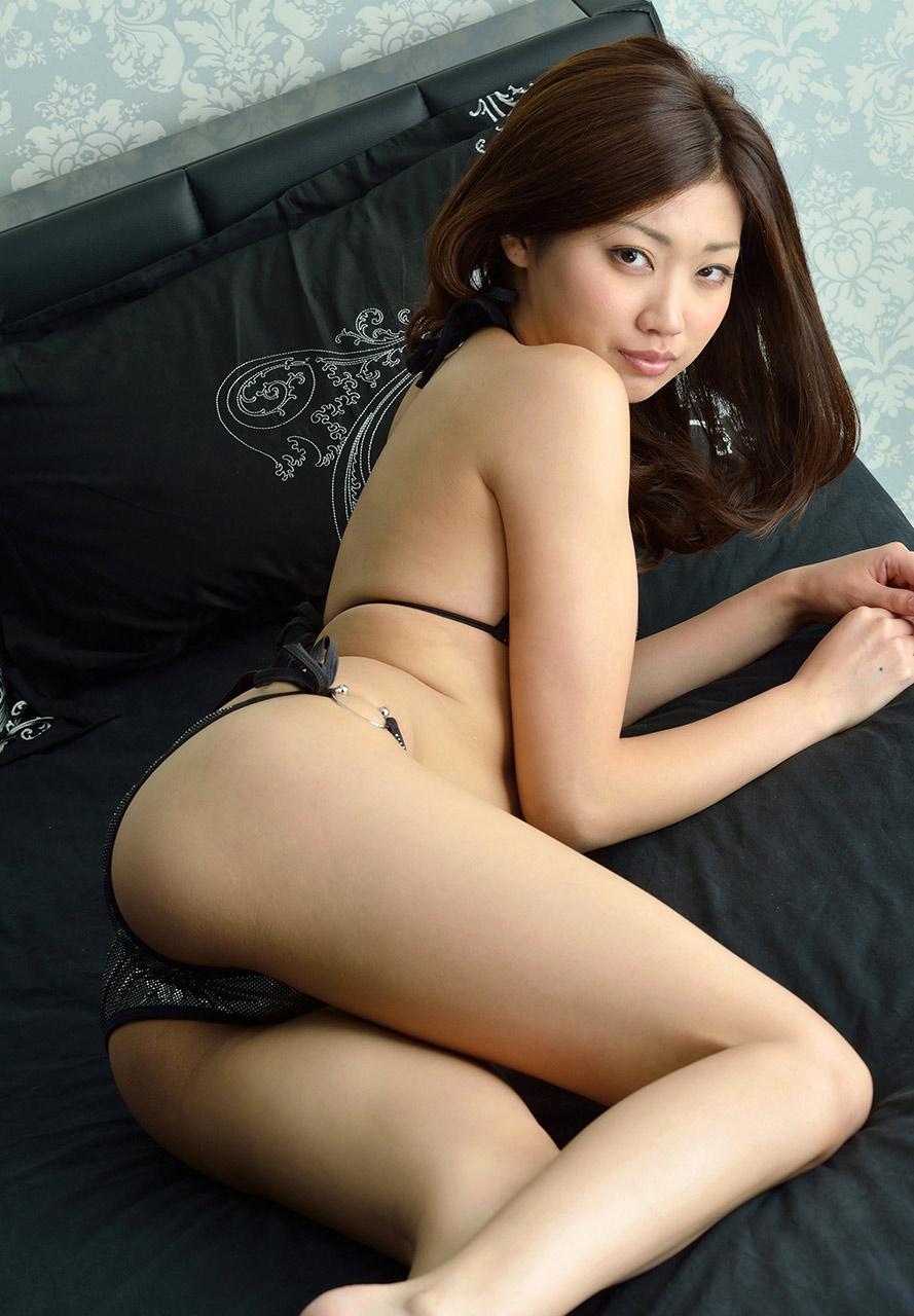 Yumi kazama erotic japanese milf - 2 part 9