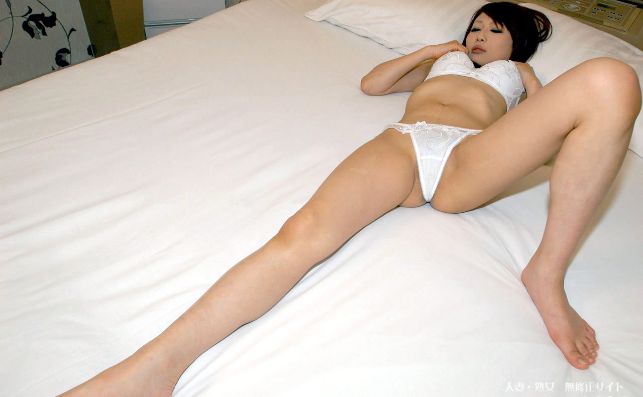 Miyuki takizawa beautiful jav milf riding a cum loaded cock