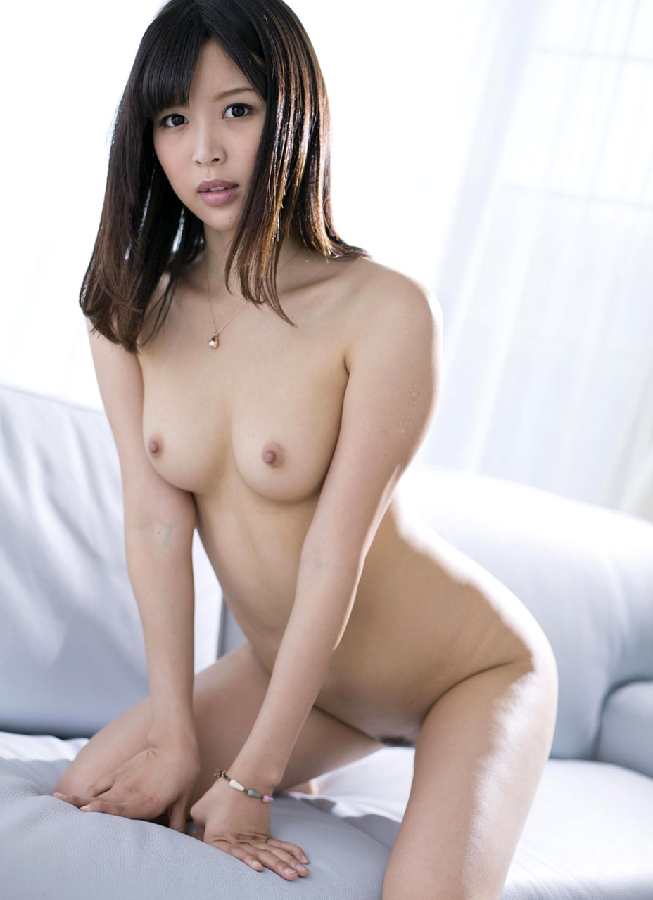 image Asian mom yuna shiina is fucking hard at workplace