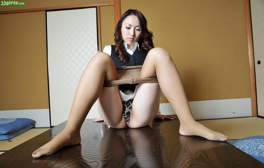 Maaya kurihara japanese babe gets in face sitting before pus - 4 4