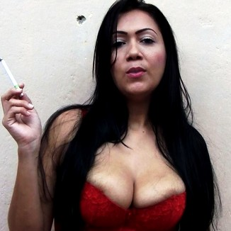 Mexican Milf Shows Off