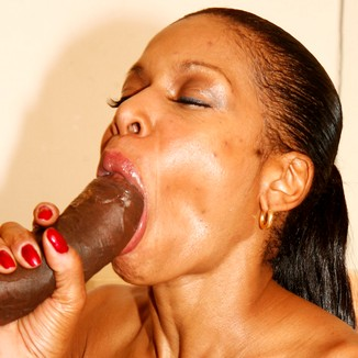 Black Cougars Semmie Desuora Gives This Dick A Workout