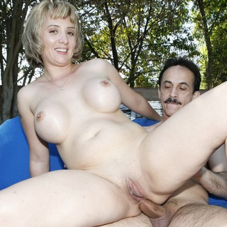 Xxx naked trailer trash moms — pic 6