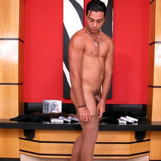 Gay Pantyhose Horacio
